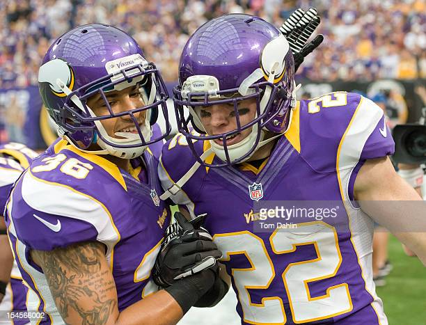 Harrison Smith of the Minnesota Vikings runs an interception back for a touchdown during an NFL game against the Arizona Cardinals at Mall of America...