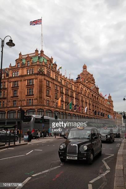harrods building, london, england, uk - knightsbridge stock pictures, royalty-free photos & images