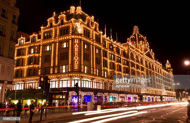 harrods department store at night, christmas, london - kensington and chelsea stock pictures, royalty-free photos & images