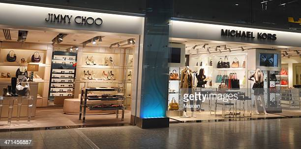 harrods heathrow - jimmy choo designer label stock pictures, royalty-free photos & images