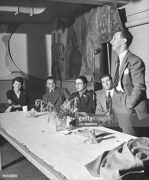 Harry Bridges speaking to Wallace Petition circulators