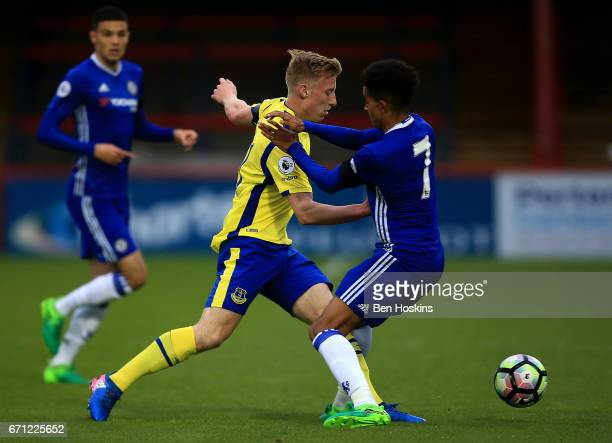 Harry Charsley of Everton skips past the tackle of Jacob Maddox of Chelsea during the Premier League 2 match between Chelsea and Everton on April 21...