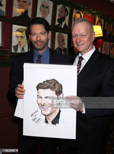 """Harry Connick Jr and Sardis Owner/General Manager Max Klimavicius pose at a celebration for the end of Connick's sold-out Broadway run """"Harry Connick..."""