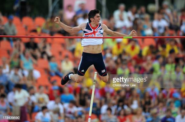 Harry Coppell of Great Britain celebrates in the air as he clears a height of 525m and wins the gold medal in the Boys Pole Vault Final during Day 5...