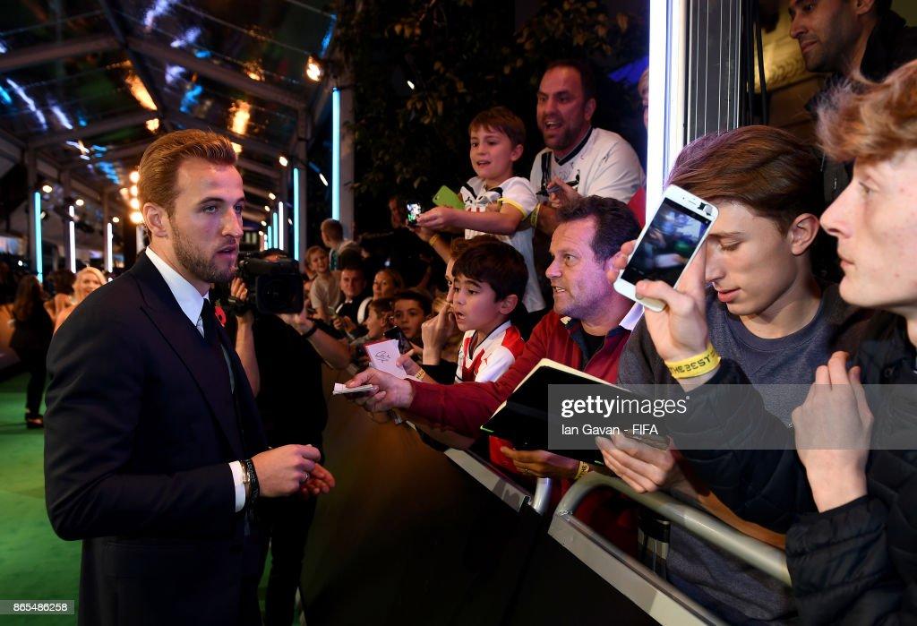 The Best FIFA Football Awards - Green Carpet Arrivals : News Photo