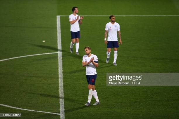 Harry Kane Kyle Walker and Ben Chilwell of England react at the final whistle during the UEFA Nations League SemiFinal match between the Netherlands...