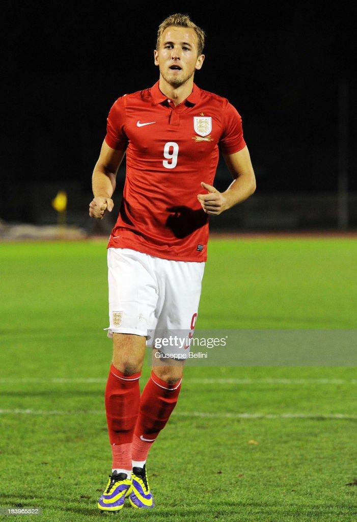 San Marino U21 v England U21 - 2015 UEFA European U21 Championships Qualifier : News Photo