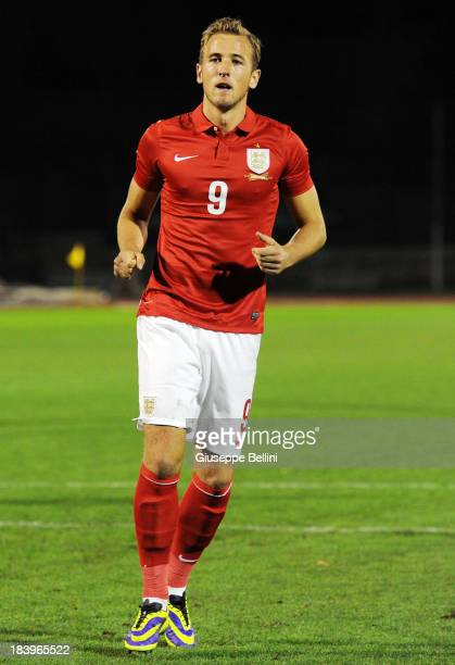 Harry Kane of England celebrates after scoring his team's second goal from a penalty during the 2015 UEFA European U21 Championships Qualifying Group...