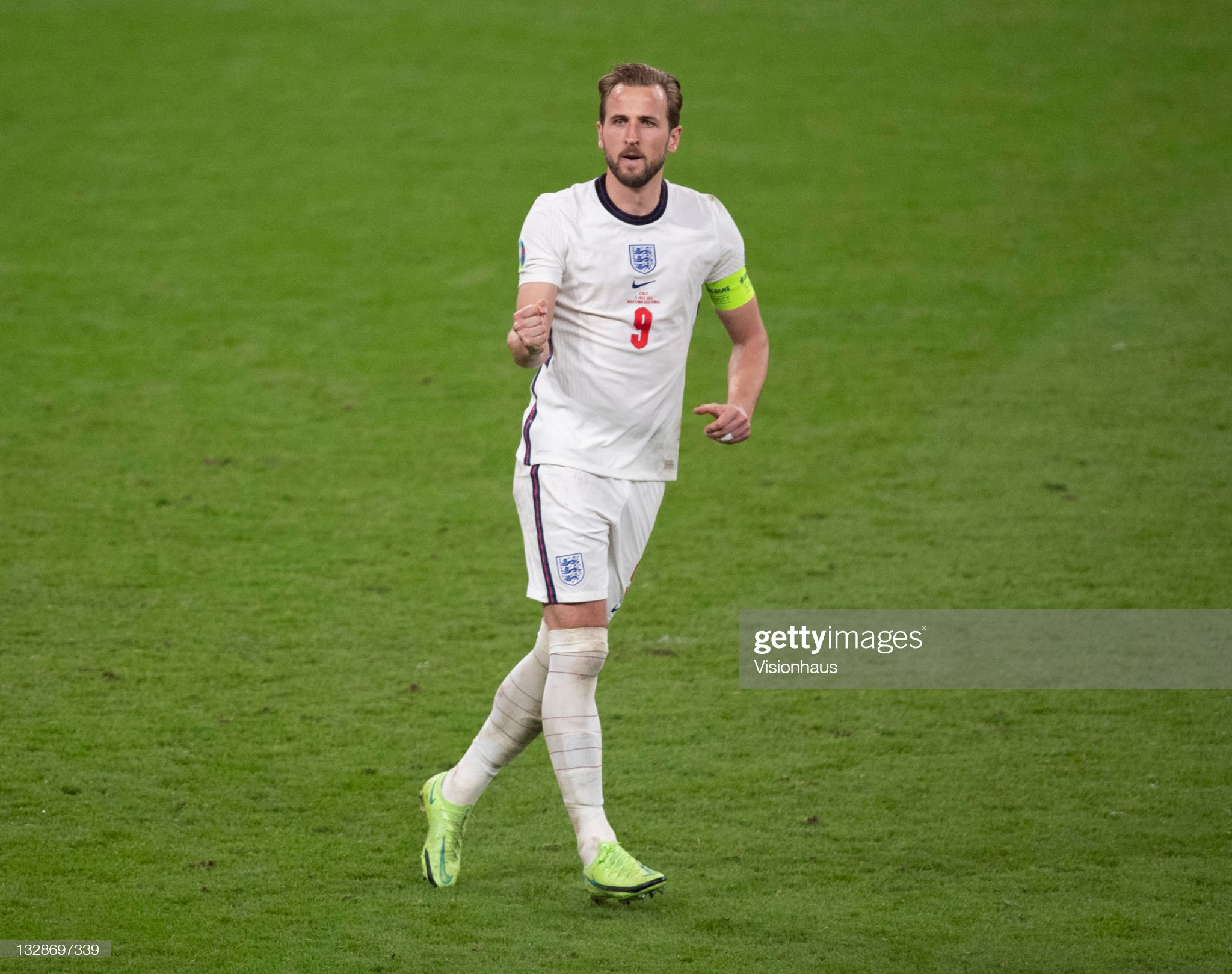Manchester City going all out for the Champions League with Kane bid