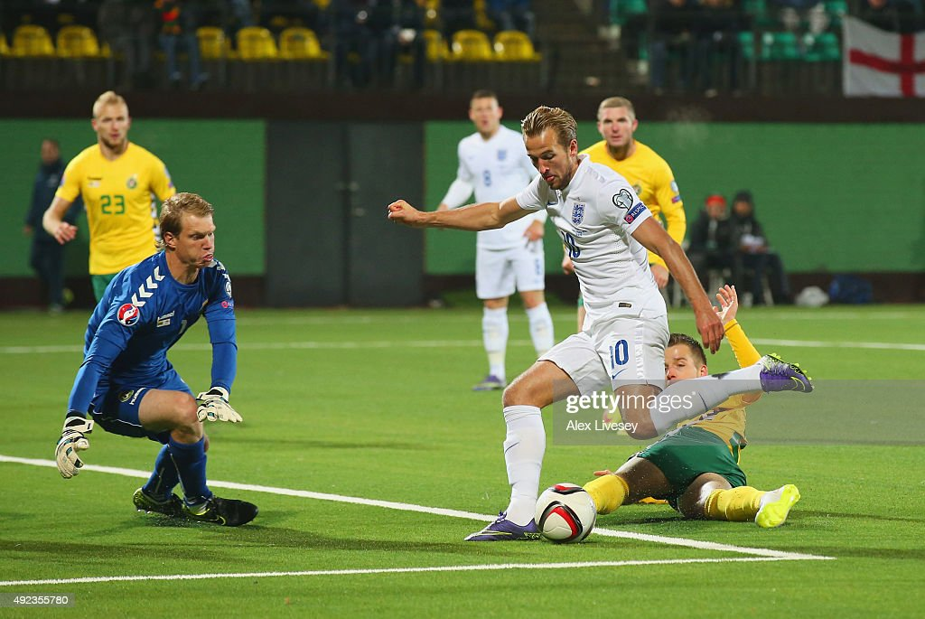 Harry Kane of England is faced by goalkeeper Giedrius Arlauskis of Lithuania during the UEFA EURO 2016 qualifying Group E match between Lithuania and England at LFF Stadionas on October 12, 2015 in Kaunas, Lithuania.