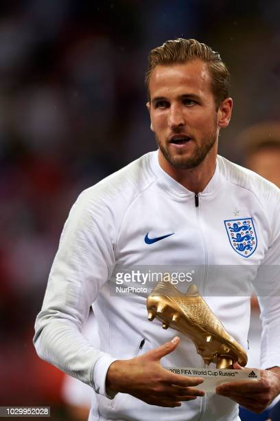 Harry Kane of England receives the golden boot of the 2018 FIFA World Cup of Russia before the UEFA Nations League football match between England and...