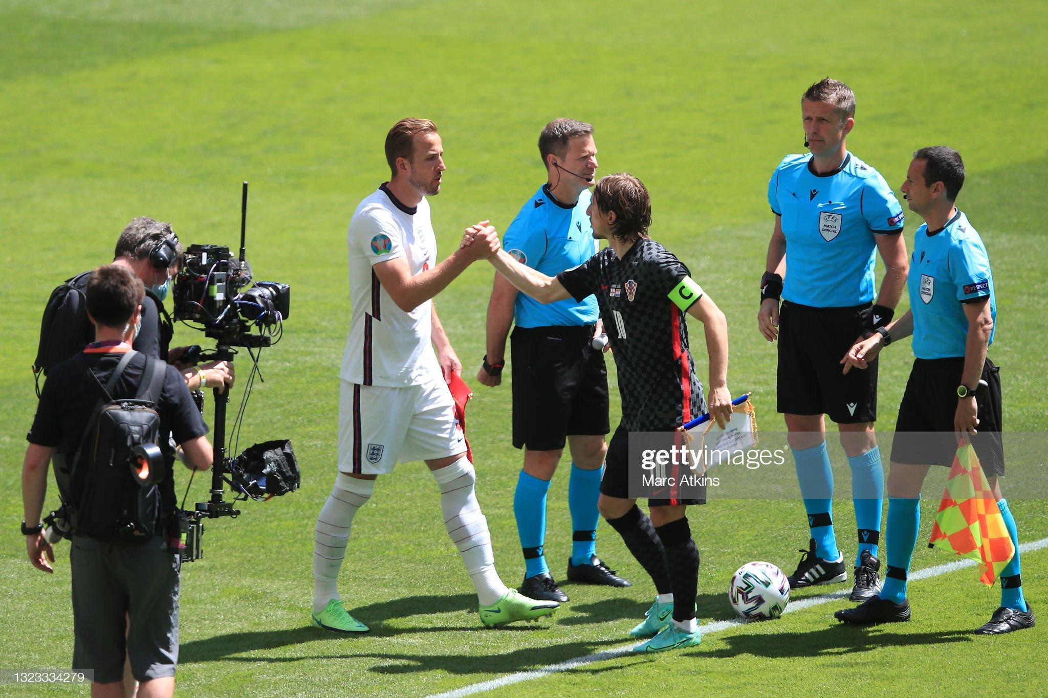[TRỰC TIẾP Euro 2020] Anh vs Croatia: Tam sư ra sân với đội hình vô cùng khó hiểu - Ảnh 1.
