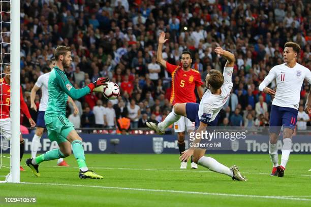 Harry Kane of England shoots and misses saved by David de Gea of Spain during the UEFA Nations League A group four match between England and Spain at...