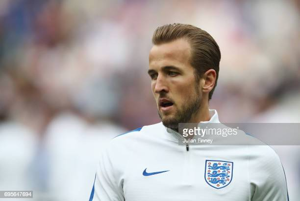 Harry Kane of England warms up prior to the International Friendly match between France and England at Stade de France on June 13 2017 in Paris France