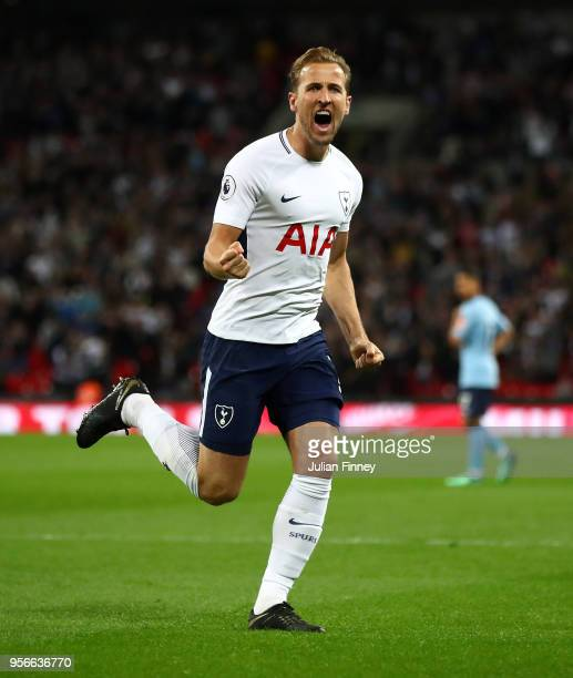 Tottenham Hotspur F.C. Stock Photos And Pictures