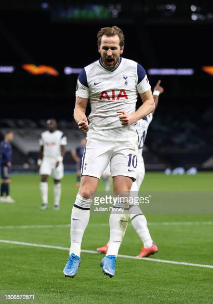 Harry Kane of Spurs celebrates scoring his teams second goal during the UEFA Europa League Round of 16 First Leg match between Tottenham Hotspur and...