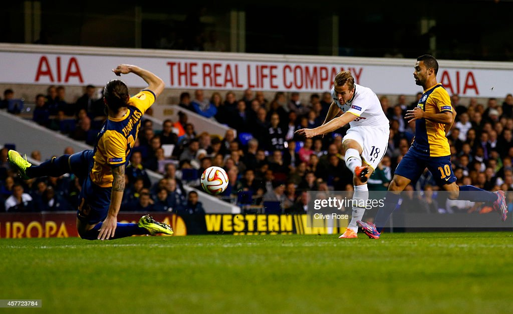 Harry Kane of Spurs scores the opening goal during the UEFA Europa League group C match between Tottenham Hotspur FC and Asteras Tripolis FC at White Hart Lane on October 23, 2014 in London, United Kingdom.