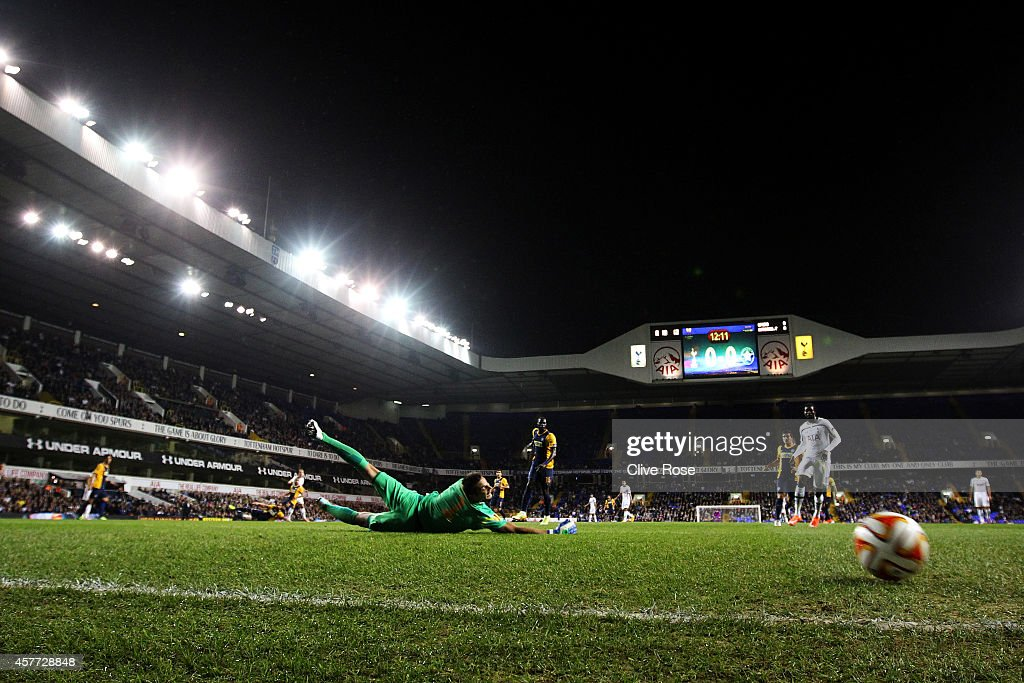 Harry Kane of Spurs scores the opening goal past Tomas Kosicky of Asteras Tripolis FC during the UEFA Europa League group C match between Tottenham Hotspur FC and Asteras Tripolis FC at White Hart Lane on October 23, 2014 in London, United Kingdom.