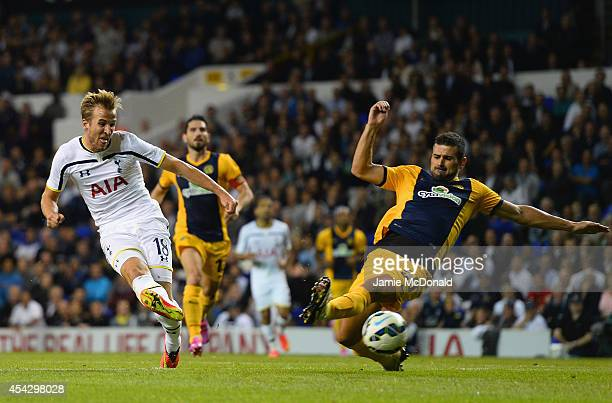 Harry Kane of Spurs scores their first goal during the UEFA Europa League Qualifying PlayOffs Round Second Leg match between Tottenham Hotspur and...