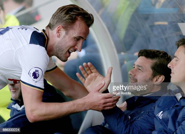 Harry Kane of Tottenham Hotspur and Mauricio Pochettino Manager of Tottenham Hotspur speak during the Premier League match between Hull City and...