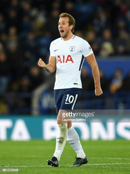 Harry Kane of Tottenham Hotspur celebrate scoring the 1st Tottenham goal during the Premier League match between Leicester City and Tottenham Hotspur...