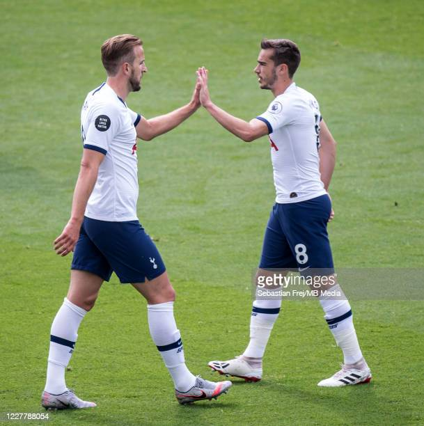 Harry Kane of Tottenham Hotspur celebrate with his teammate Harry Winks after scoring 1st goal during the Premier League match between Crystal Palace...
