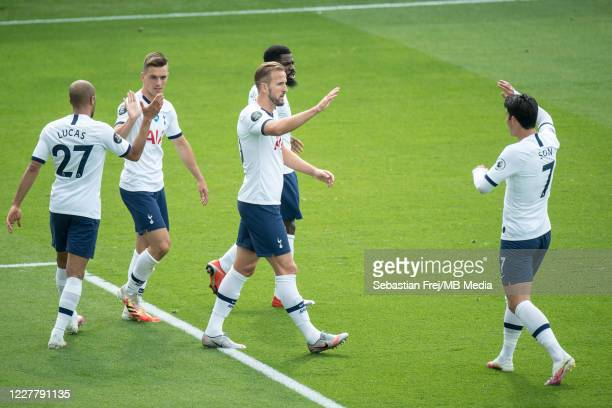 Harry Kane of Tottenham Hotspur celebrate with his teammates Giovani Lo Celso Son MinHeung Serge Aurier Lucas Moura after scoring 1st goal during the...