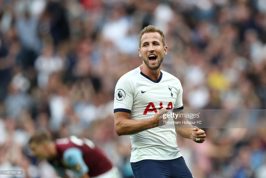 Tottenham Hotspur v Aston Villa - Premier League : News Photo