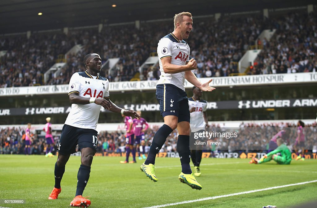 Harry Kane of Tottenham Hotspur celebrates scoring his sides first goal during the Premier League match between Tottenham Hotspur and Sunderland at White Hart Lane on September 18, 2016 in London, England.