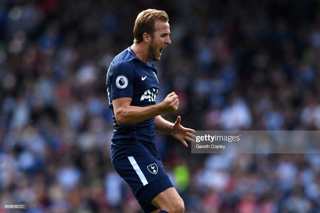 Harry Kane of Tottenham Hotspur celebrates scoring his sides third goal during the Premier League match between Huddersfield Town and Tottenham Hotspur at John Smith's Stadium on September 30, 2017 in Huddersfield, England.