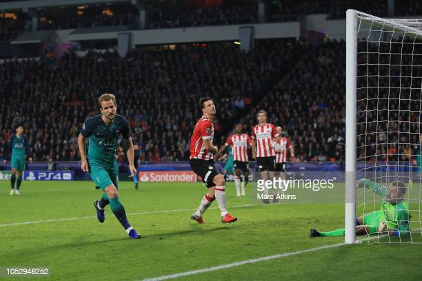 Harry Kane of Tottenham Hotspur celebrates scoring their 2nd goal during the Group B match of the UEFA Champions League between PSV and Tottenham...