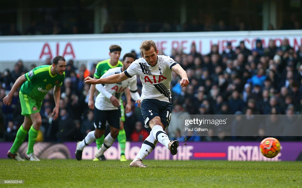 Harry Kane of Tottenham Hotspur converts the penalty kick to score his team's fourth goal during the Barclays Premier League match between Tottenham Hotspur and Sunderland at White Hart Lane on January 16, 2016 in London, England.