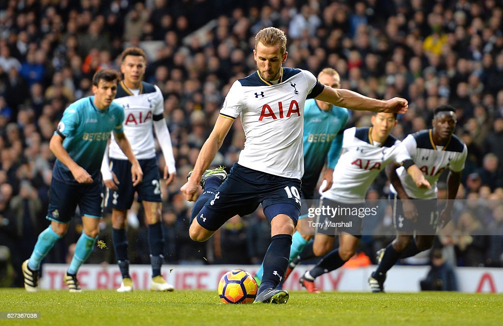 Harry Kane of Tottenham Hotspur converts the penalty to score the opening goal during the Premier League match between Tottenham Hotspur and Swansea City at White Hart Lane on December 3, 2016 in London, England.