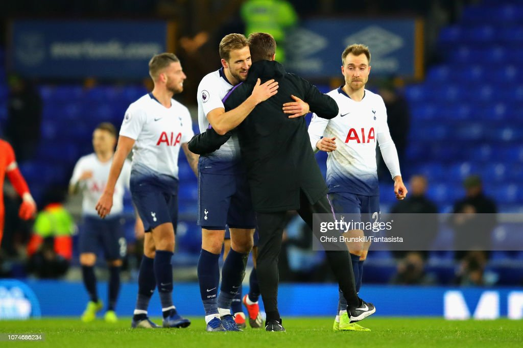 Everton FC v Tottenham Hotspur - Premier League : News Photo