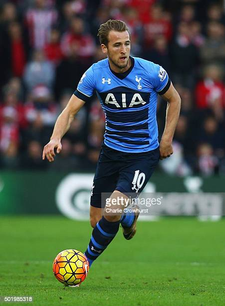 Harry Kane of Tottenham Hotspur in action during the Barclays Premier League match between Southampton and Tottenham Hotspur at St Mary's Stadium on...