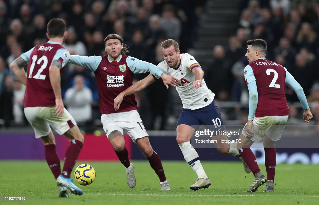 Tottenham Hotspur v Burnley FC - Premier League : News Photo