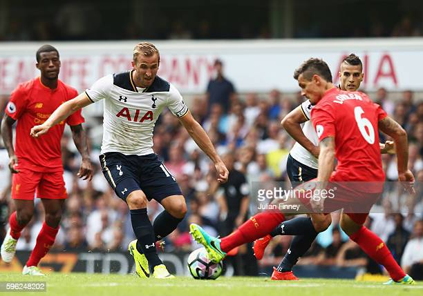 Harry Kane of Tottenham Hotspur in action during the Premier League match between Tottenham Hotspur and Liverpool at White Hart Lane on August 27...