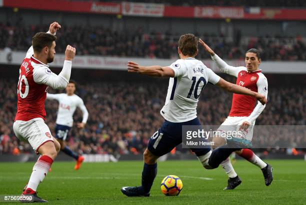 Harry Kane of Tottenham Hotspur in action during the Premier League match between Arsenal and Tottenham Hotspur at Emirates Stadium on November 18...