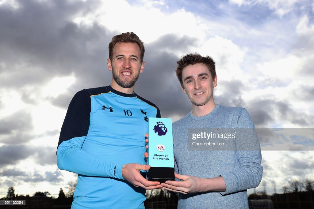 Harry Kane of Tottenham Hotspur is Presented with the EA SPORTS Premier League Player of the Month Award for February at Tottenham Hotspur Training Centre on March 9, 2017 in Enfield, England.