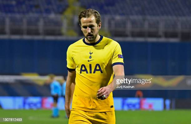 Harry Kane of Tottenham Hotspur looks dejected following defeat in the UEFA Europa League Round of 16 Second Leg match between Dinamo Zagreb and...