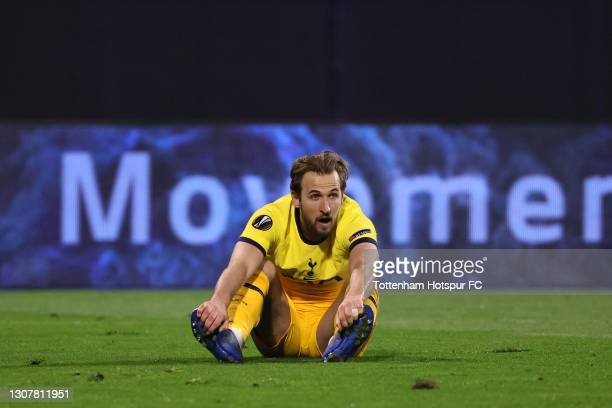Harry Kane of Tottenham Hotspur looks dejected following the UEFA Europa League Round of 16 Second Leg match between Dinamo Zagreb and Tottenham...