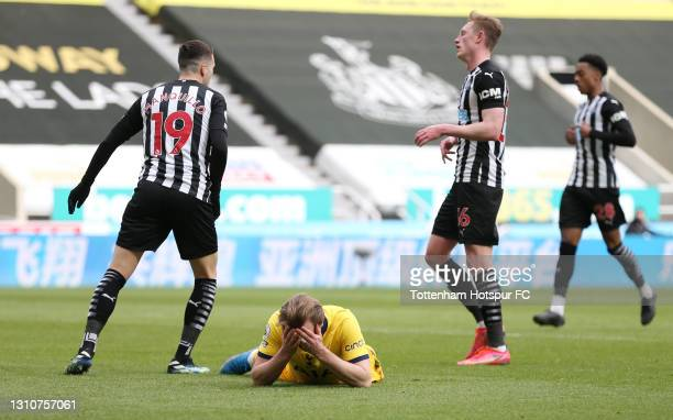 Harry Kane of Tottenham Hotspur reacts after hitting the post during the Premier League match between Newcastle United and Tottenham Hotspur at St....