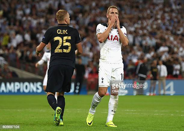 Harry Kane of Tottenham Hotspur reacts to missing an opportunity during the UEFA Champions League match between Tottenham Hotspur FC and AS Monaco FC...