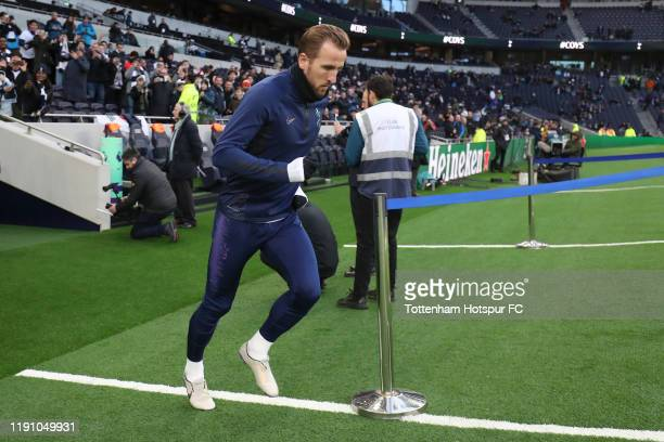 Harry Kane of Tottenham Hotspur runs out for the warm up prior to the Premier League match between Tottenham Hotspur and AFC Bournemouth at Tottenham...