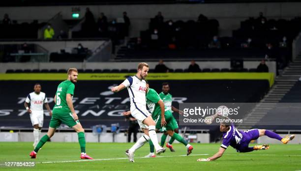 Harry Kane of Tottenham Hotspur scores his teams first goal during the UEFA Europa League play-off match between Tottenham Hotspur and Maccabi Haifa...