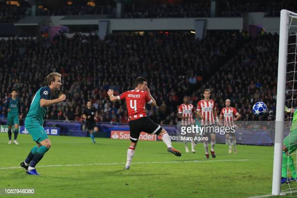 Harry Kane of Tottenham Hotspur scores their 2nd goal during the Group B match of the UEFA Champions League between PSV and Tottenham Hotspur at...