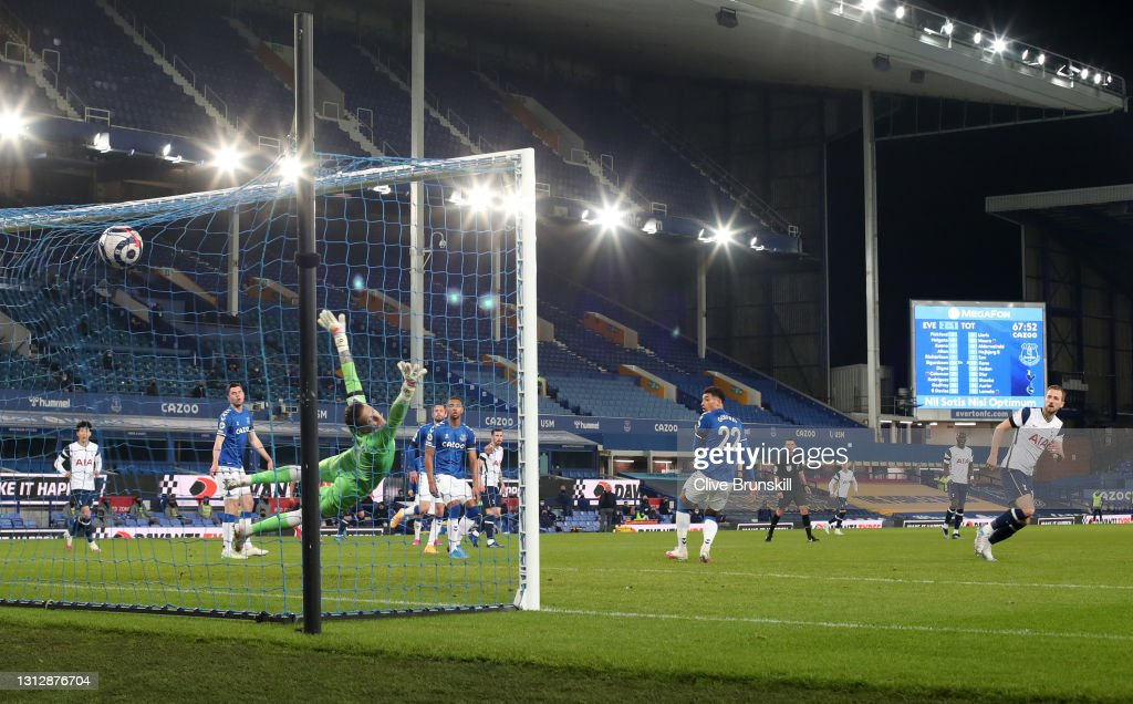 Everton v Tottenham Hotspur - Premier League : ニュース写真