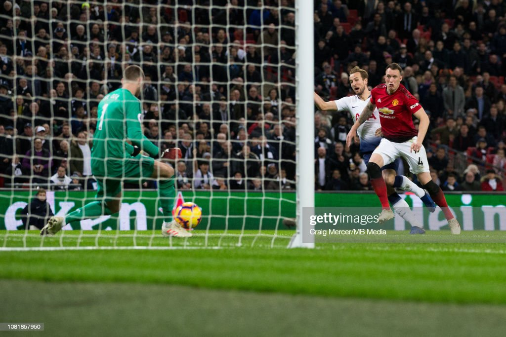Tottenham Hotspur v Manchester United - Premier League : News Photo