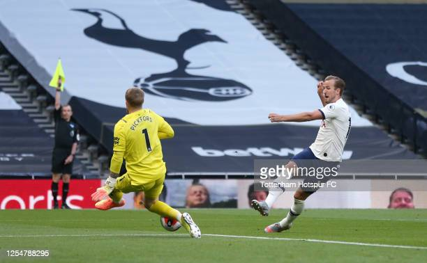 Harry Kane of Tottenham Hotspur shoots at goal but the flag is up for offside during the Premier League match between Tottenham Hotspur and Everton...