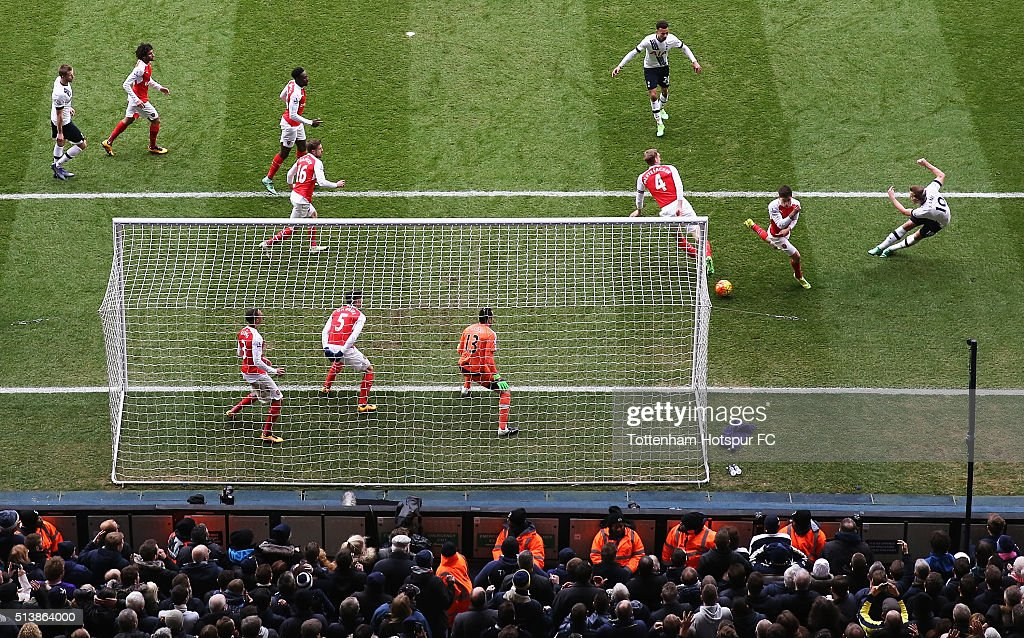 Harry Kane of Tottenham Hotspur shoots at goal during the Barclays Premier League match between Tottenham Hotspur and Arsenal at White Hart Lane on March 5, 2016 in London, England.